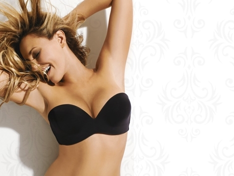 Regala unos pechos realzados con Perfect Strapless