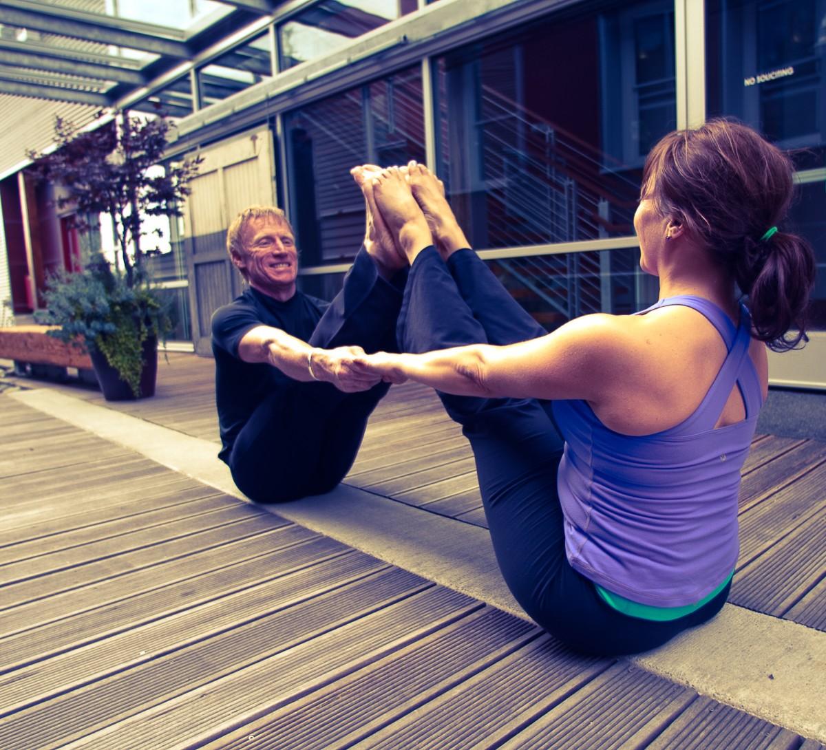 Regálate Clases de Yoga Online