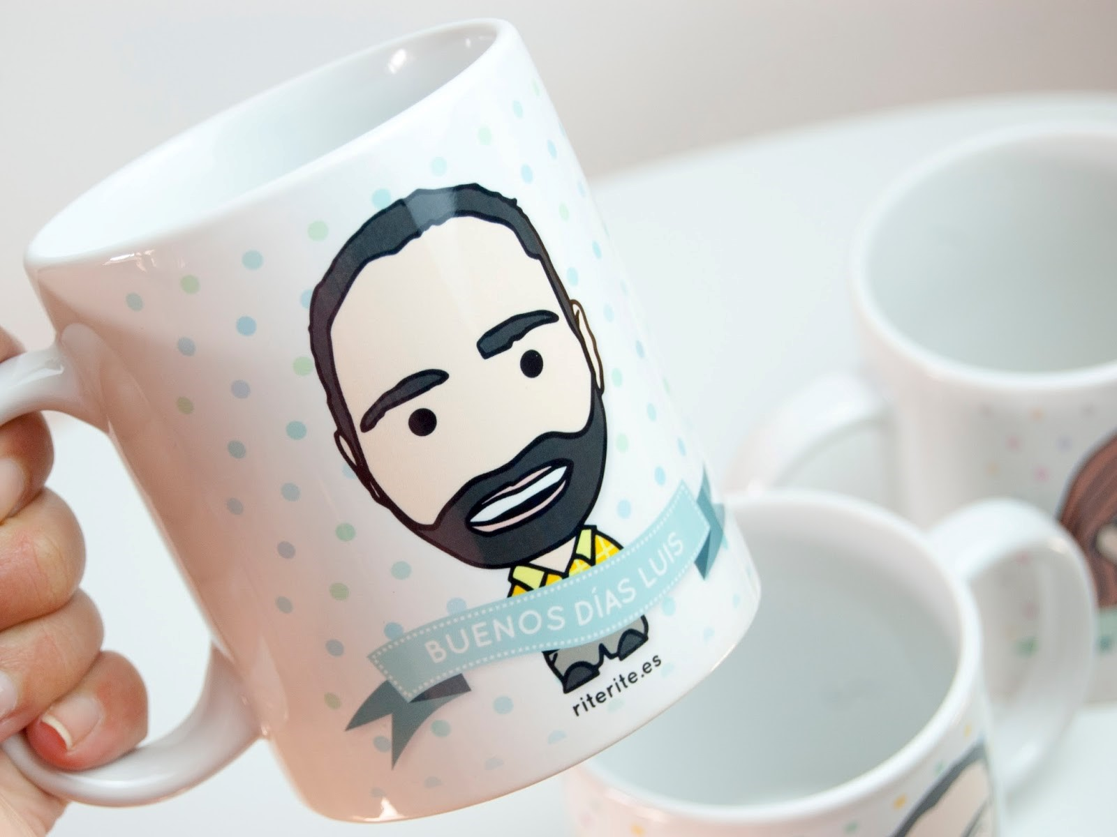 Aprovecha y regala una taza personalizada
